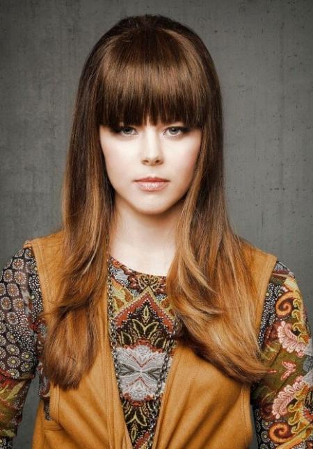 Элегантные прически на гладкие длинные волосы: фото