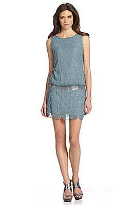 Платье с заниженной талией модели