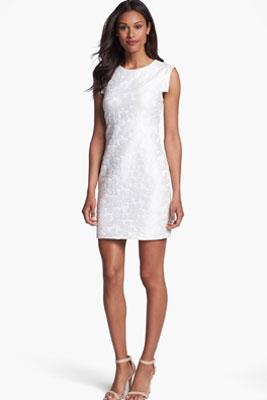 bbdd61e54993a0b Платье-футляр | С чем носить и кому подходит платье-футляр