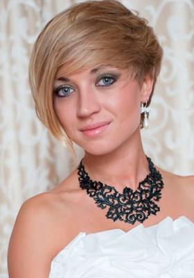 Свадебная прическа на короткие волосы: фото