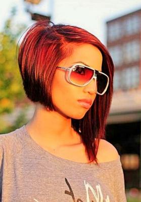 асимметричное каре на средние волосы: фото