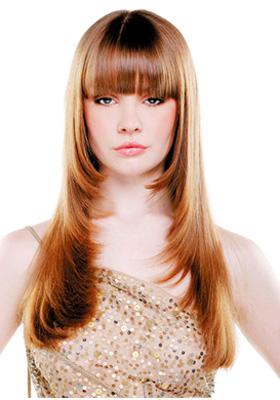 Стрижка лесенка на длинные волосы с челкой: фото