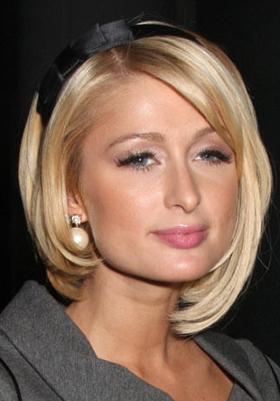 Стрижка на средние волосы с челкой: фото