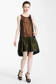Заниженная талия на прямом платье